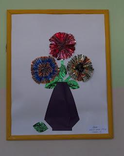 Цветы из фантиков.