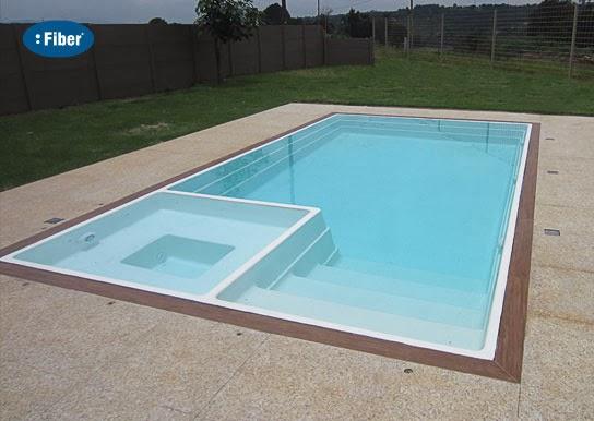 Fiber tudo para piscinas for Piscina de acrilico