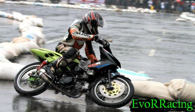 honda blade road race evor cianjur motor honda blade road race 110 cc  title=