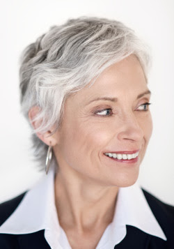 cortes de pelo para mujeres mayores de 70 anos