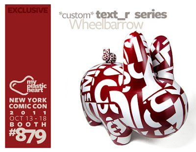 NYCC 2011 Exclusive Text_r Custom Series by Ryan the Wheelbarrow - 10″ Labbit and 1.5″ Labbit