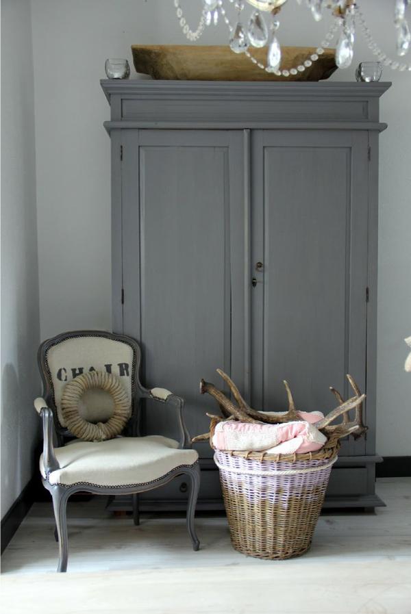 Restyling di vecchi mobili