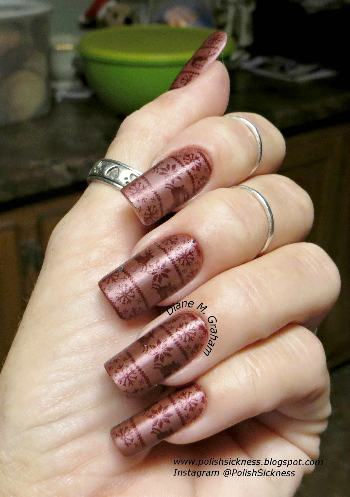 Orly Act Your Shoe Size, China Glaze Red Dahlia, MoYou Festive 04 stamp, Christmas holiday
