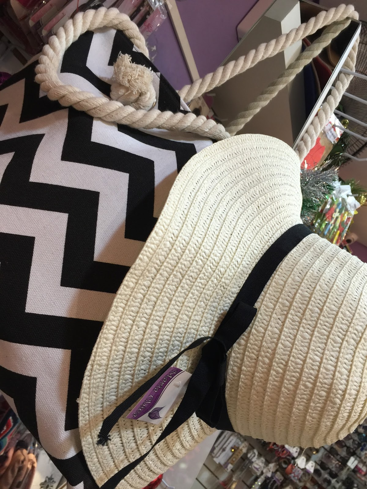 acessórios para o verão 2016 Maria Chica Bijuterias ... bolsa e chapéu