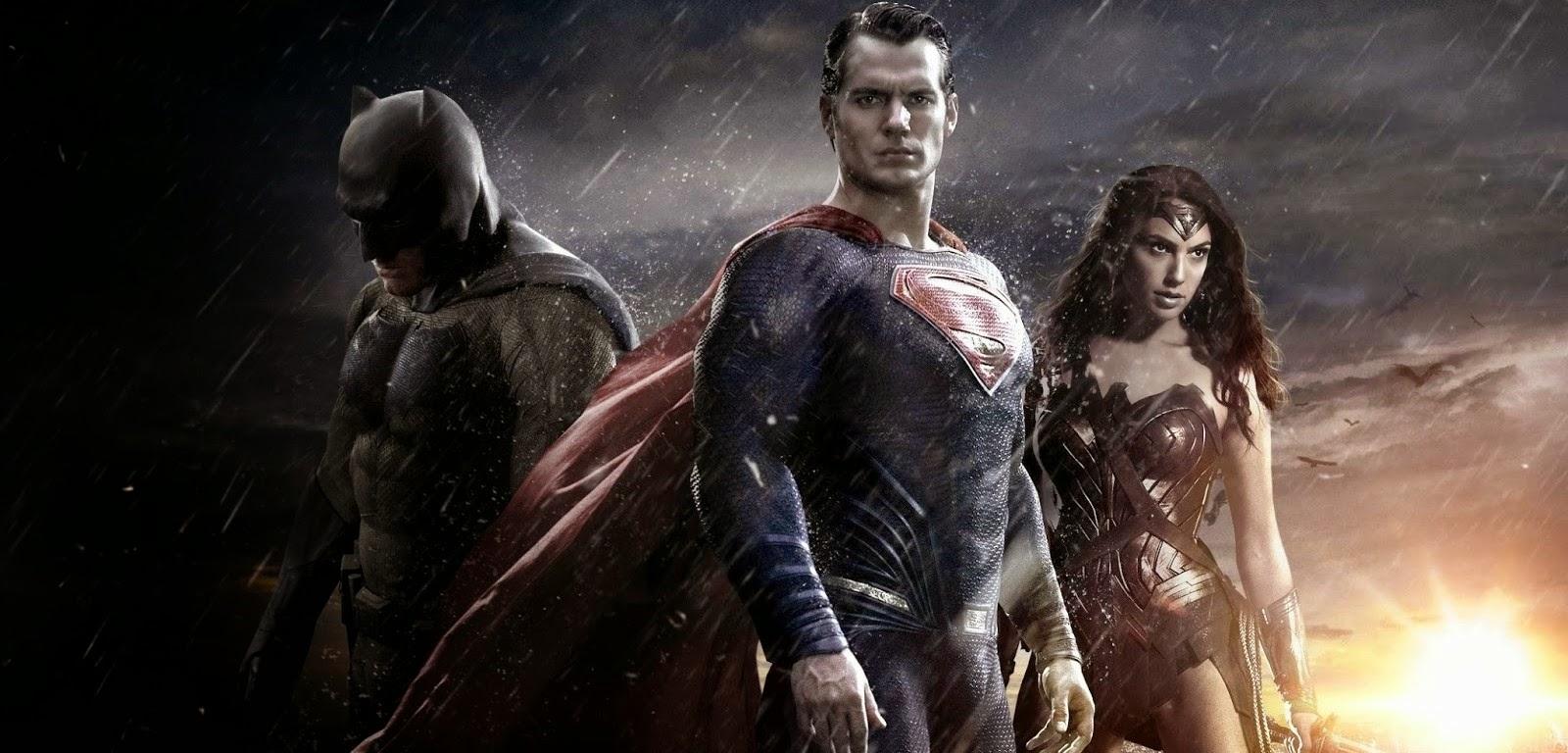 Henry Cavill como O Homem de Aço em imagem inédita no set de Batman V Superman: Dawn of Justice