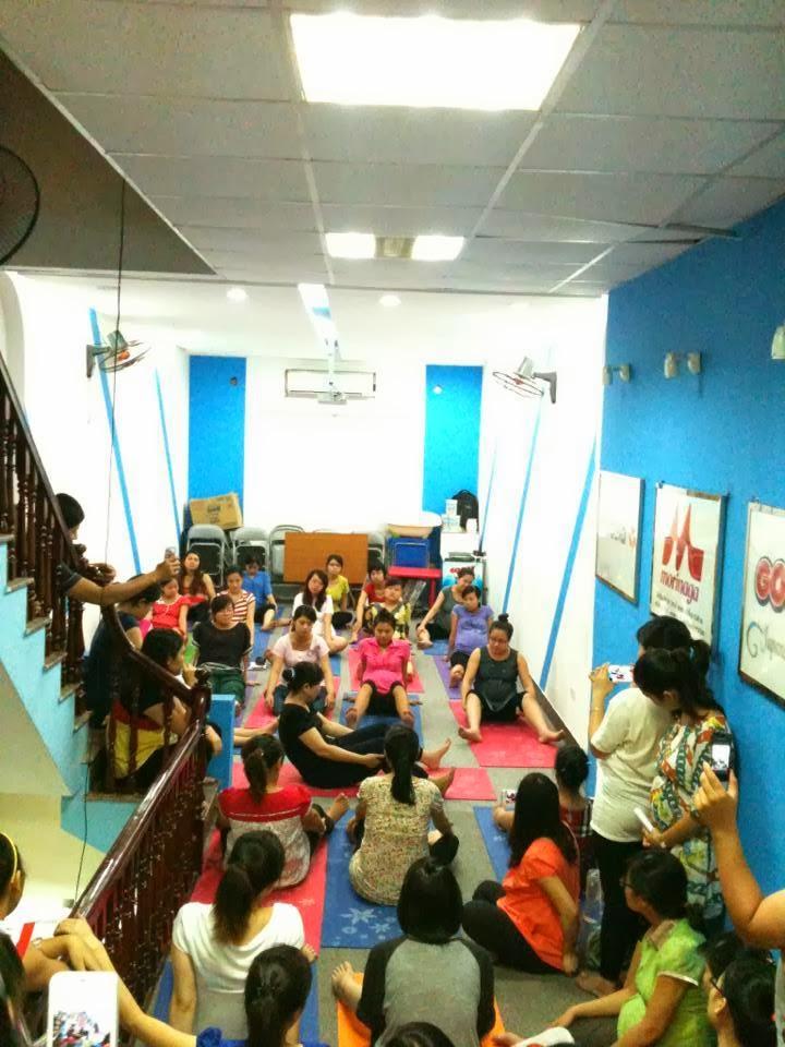 thực hành tại lớp tiền sản Kids Plaza