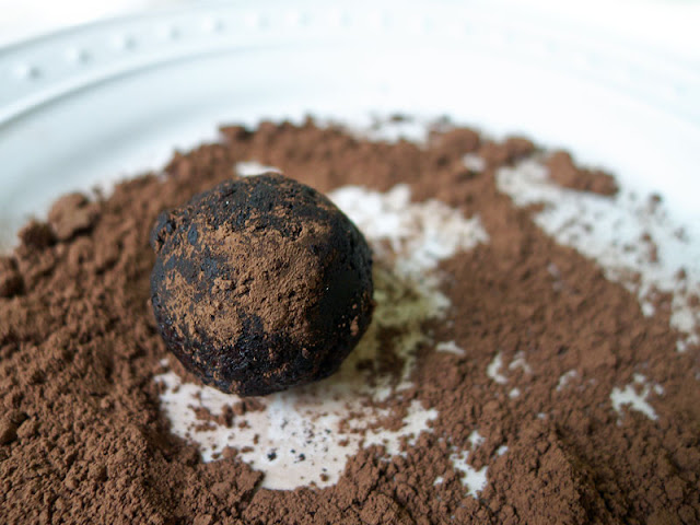 Chocolate Walnut Rum Balls Recipe — Dishmaps