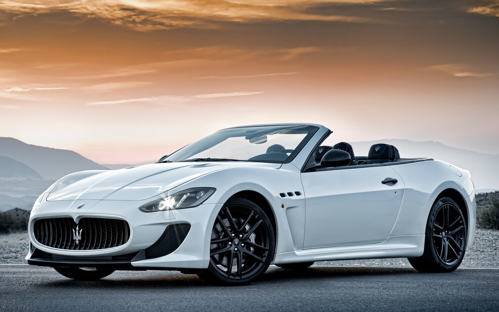 maserati granturismo wallpaper hd cars cars wallpapers hd. Black Bedroom Furniture Sets. Home Design Ideas