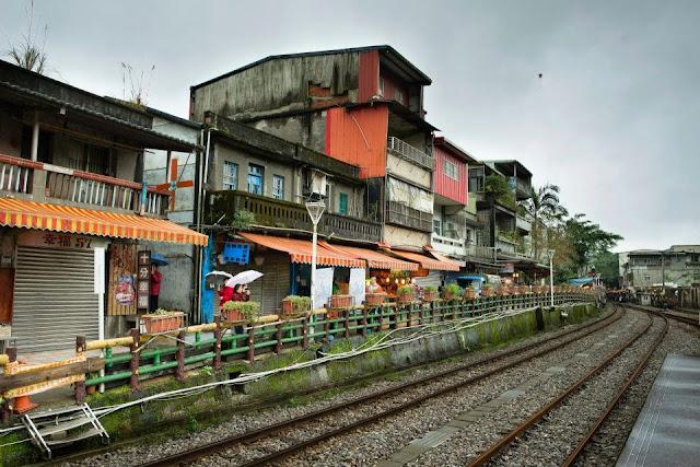 台彎台北十分 Taiwan Taipei Ruifang Station TRA Pinghsi Line Shifen