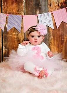 Bayi Lucu Merayakan Ulang Tahun Ke 2