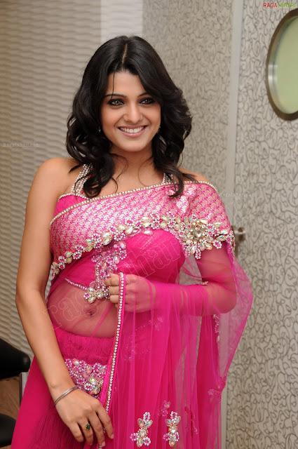Actress Tashu Kaushik Navel Show Photos