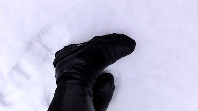 Mink+Snow4 Mink & Black Crampon Style!