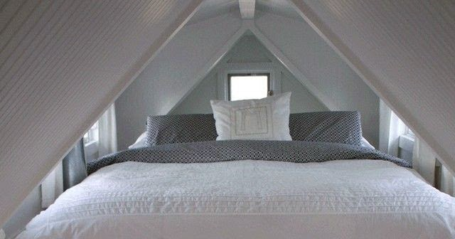 tiny house loft bed with home decor ideas. Black Bedroom Furniture Sets. Home Design Ideas
