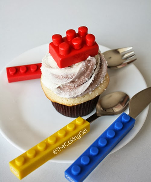 how to make a fondant lego cupcake