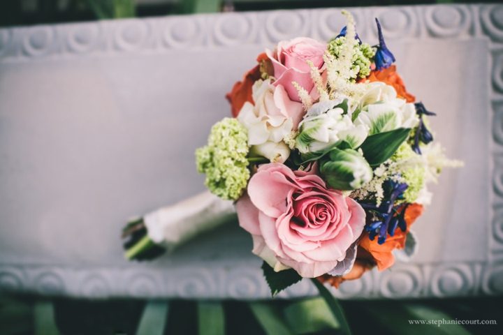 pink-roses-bridal-bouquet