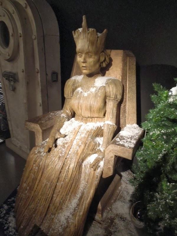 Doctor Who Wooden Queen prop Christmas 2011