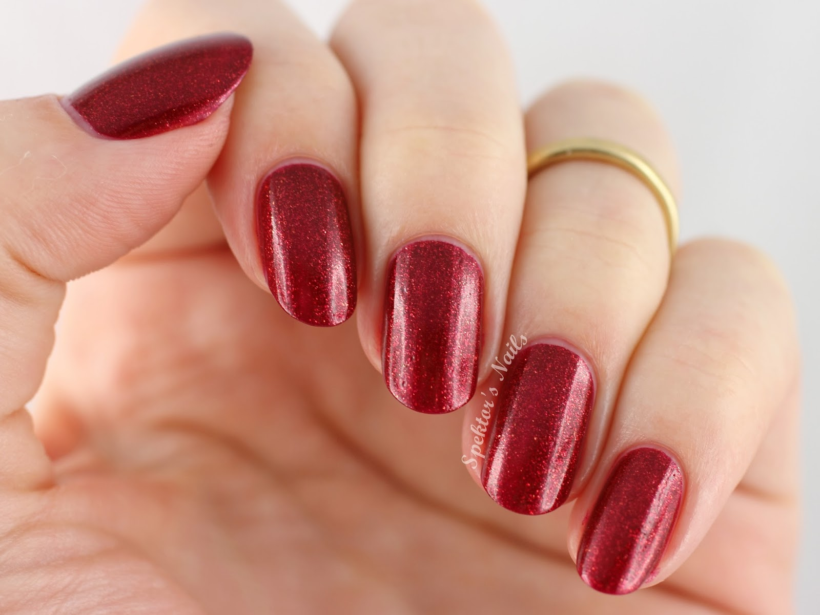 OPI Holiday 2014 Red Fingers & Mistletoes