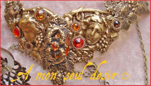 Bijou mythologie grec romaine Bacchus Dieu Pan nymphe grappe de raisin