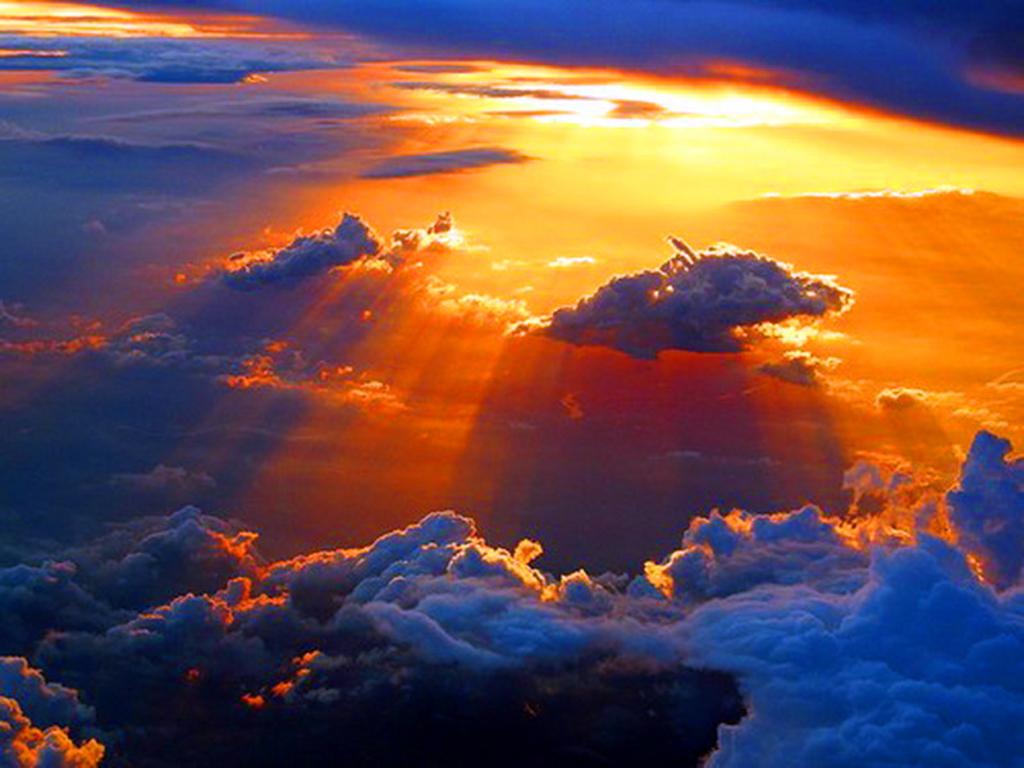 http://1.bp.blogspot.com/-0HwVTrZimEI/TpESpiq7sHI/AAAAAAAAAWc/Y2X4c1KSTTs/s1600/595404-1024x768-jula-jula--nature--Cool-Art--scenery--5--My-Album-1--moon_large.jpg