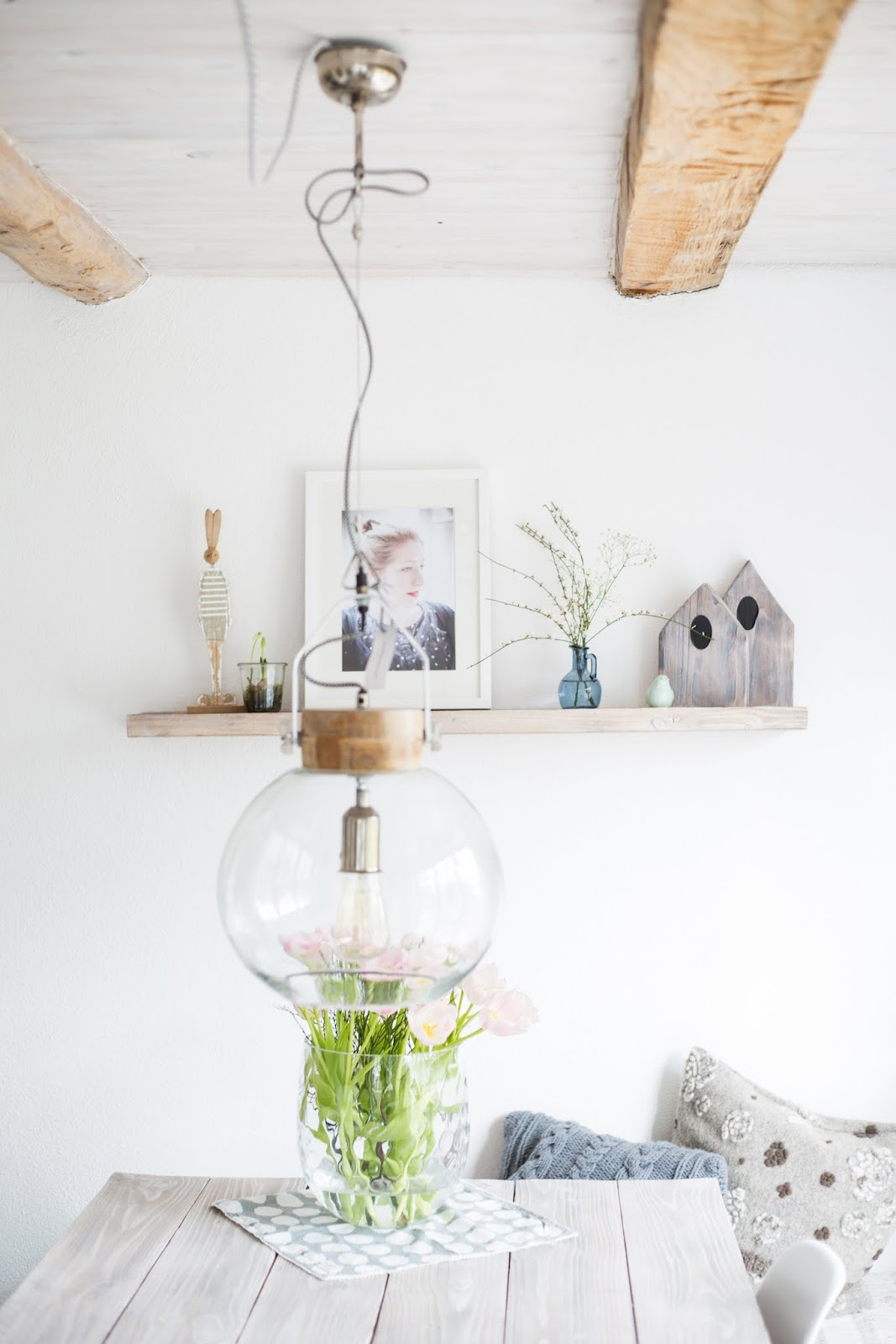 5 tips damit tulpen l nger frisch bleiben pomponetti. Black Bedroom Furniture Sets. Home Design Ideas