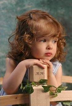 small children wallpaper - Small Kids Images