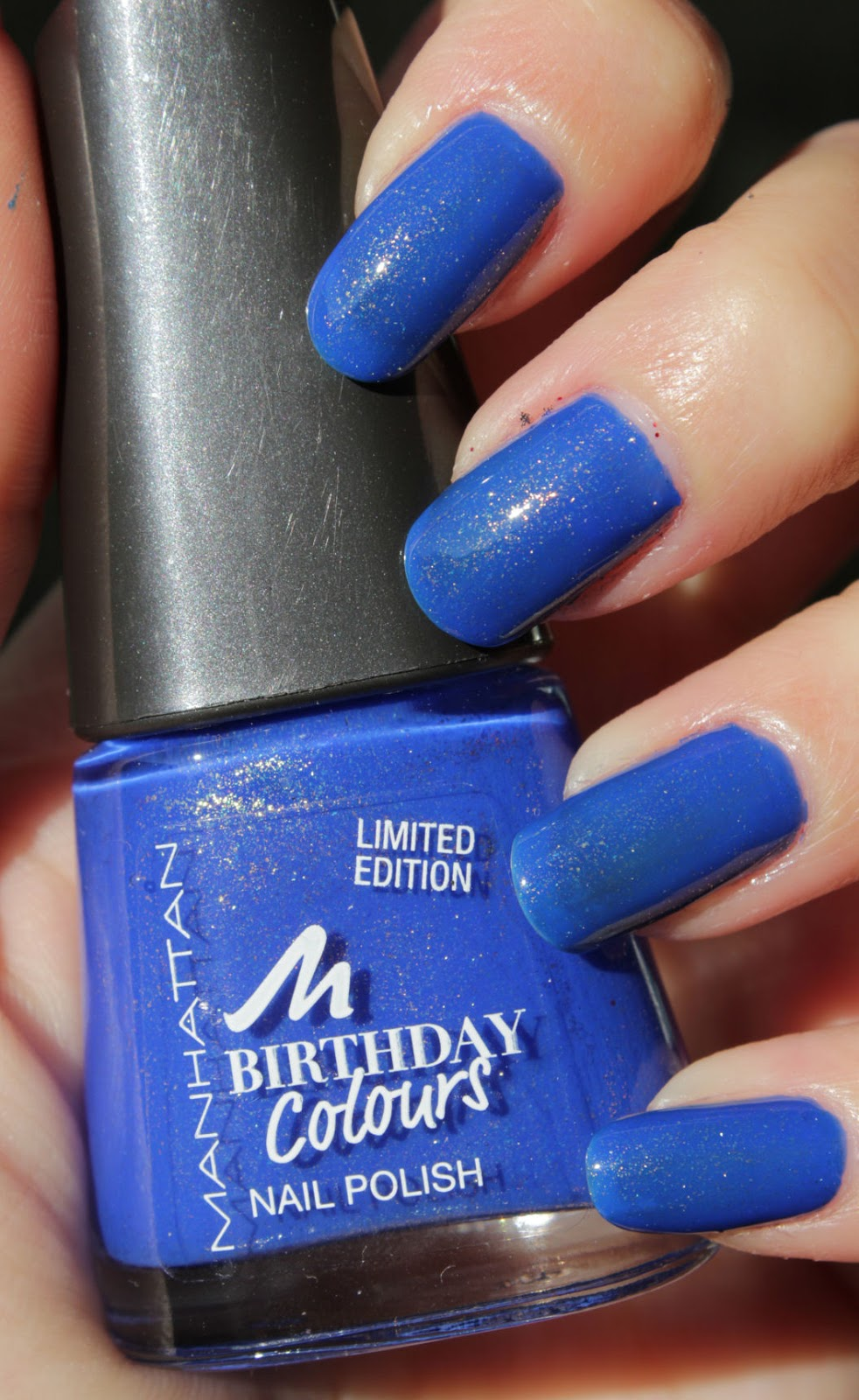 http://lacquediction.blogspot.de/2014/10/manhattan-birthday-colours-009-blue.html