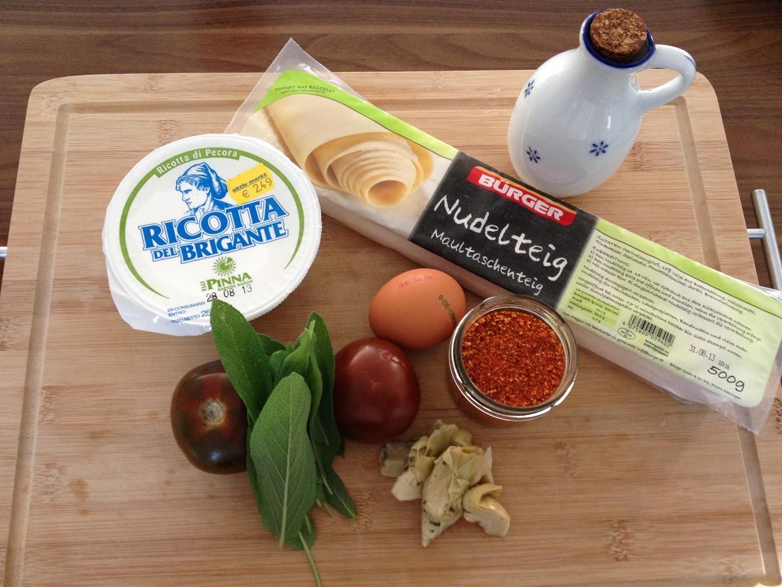 Zutaten für Ricotta-Ravioli auf Kumato-Tomaten