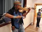 Xwa Lack Tun on the fiddle!
