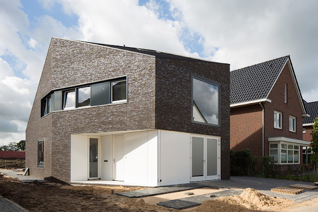 The Van Leeuwen House, A Modern Family Home in Meppel - Inspiring Modern Home