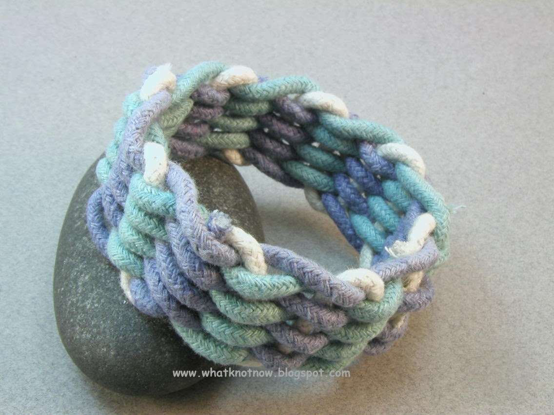 How To Basket Weave Bracelet : Knots and fiber bracelets making a basket weave rope