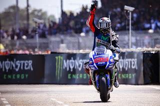 Lorenzo mengambil kemenangan MotoGP Le mans Prancis 2015