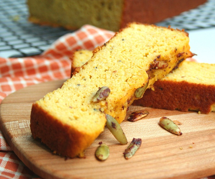 Pumpkin Cardamom Bread with Cinnamon Pepitas (Low Carb and Gluten Free ...