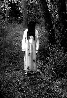 foto-foto penampakan hantu kuntilanak