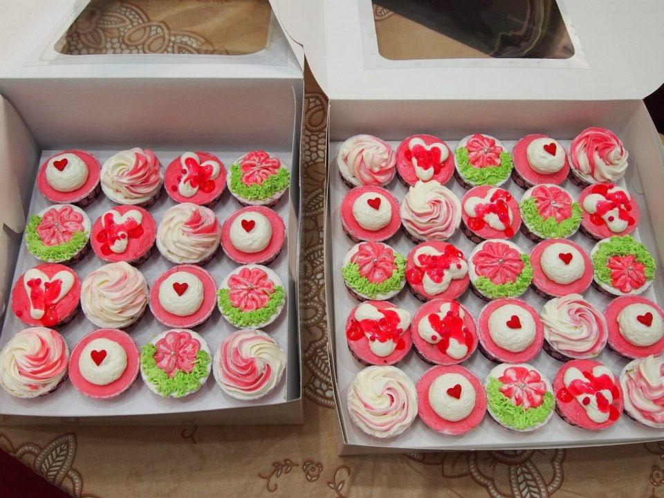 Pinky Fondant cupcake