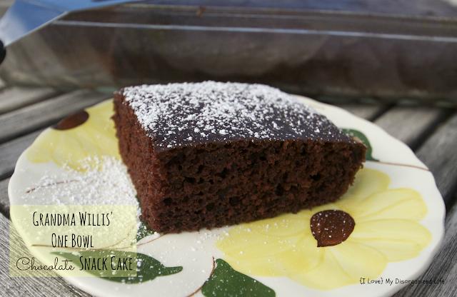 Grandma Willis' One Bowl Chocolate Snack Cake/ {I Love} My Disorganized Life #chocolatecake #chocolate