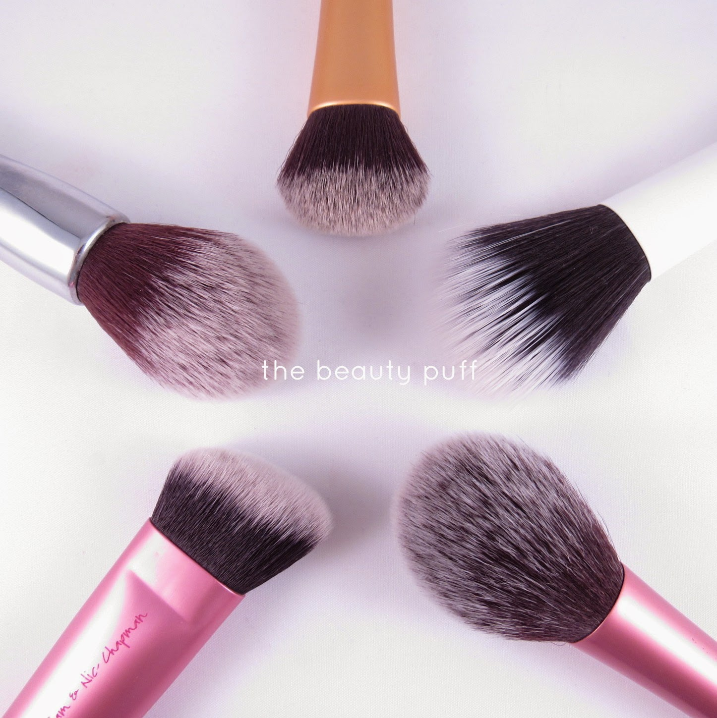 real techniques it cosmetics brushes - the beauty puff
