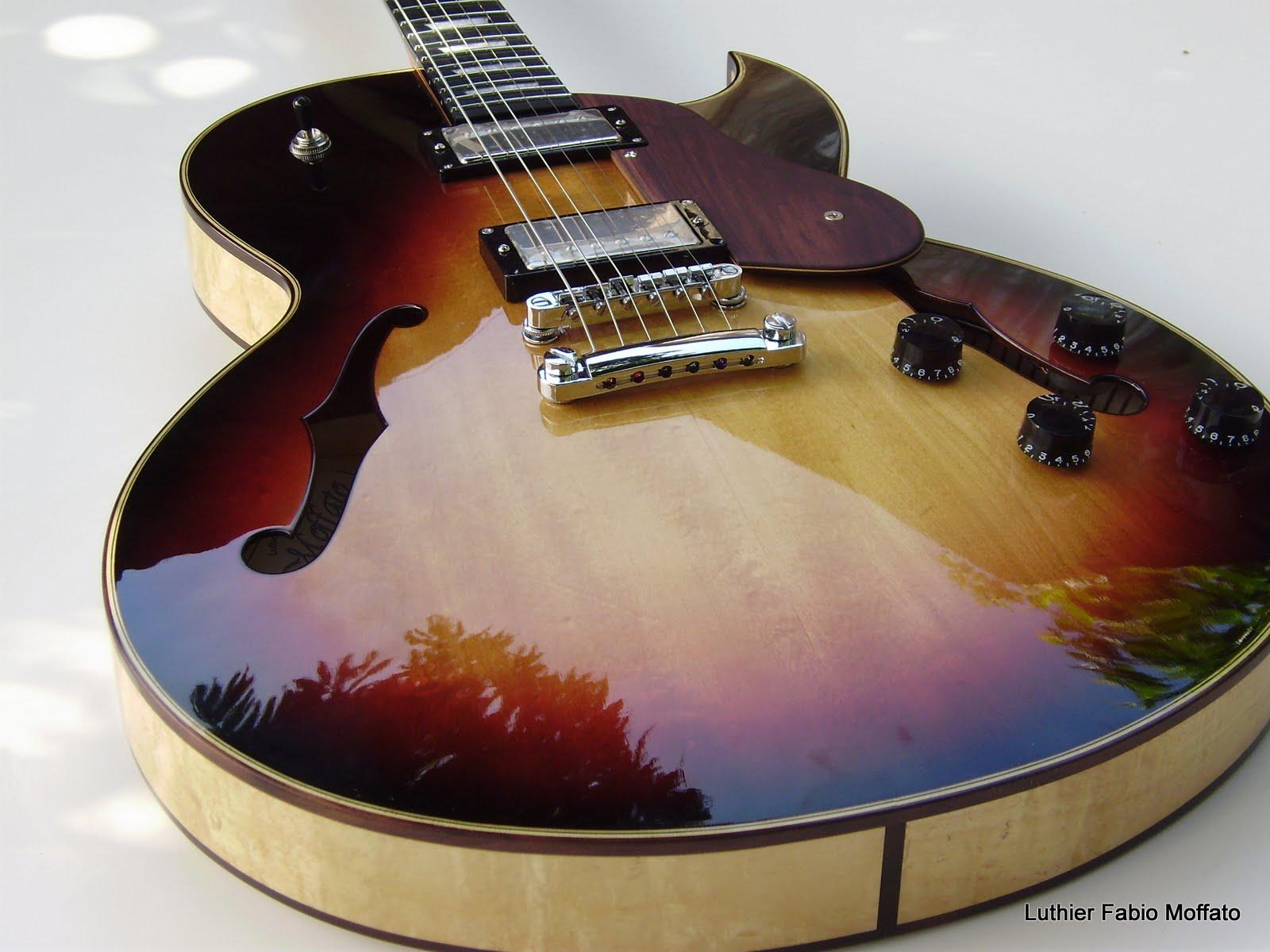Luthieria j f moffato nova guitarra semi ac stica c moffato for Luthier guitarra electrica