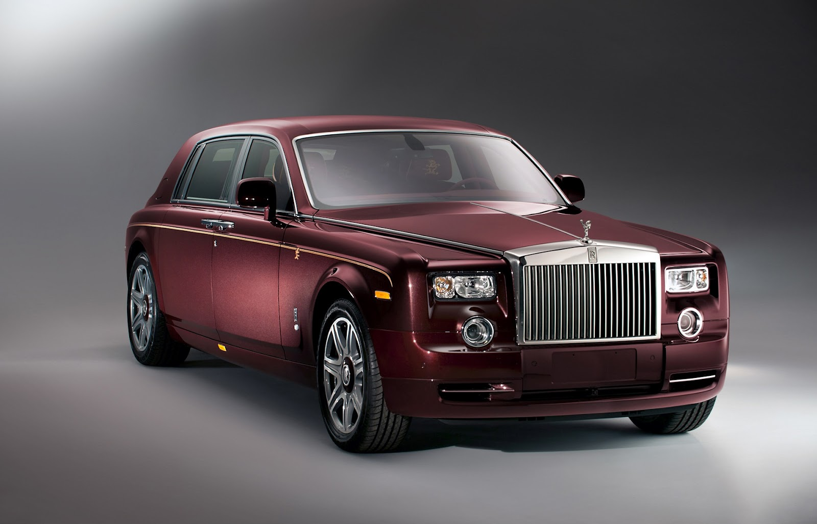 2012 rolls royce phantom year of the dragon colletion. Black Bedroom Furniture Sets. Home Design Ideas