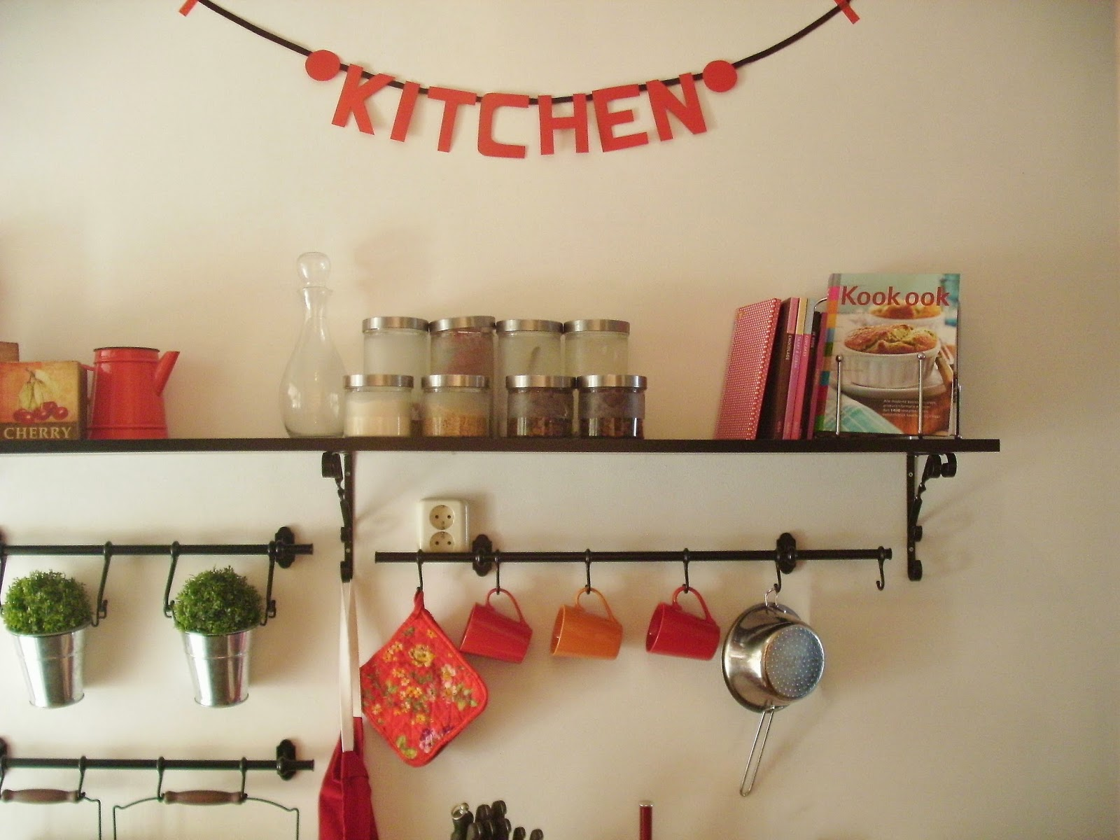 Vanda(a)gboek : een kijkje in de keuken