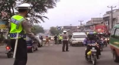 brigadir-polisi-tatang-wiguna-goyang-dangdut
