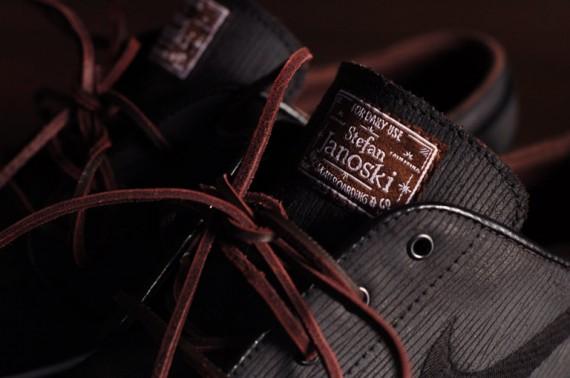 Nike SB Zoom Stefan Janoski – Black Woodgrain Customs. Posted by NASA FRSH  at 10:01 AM