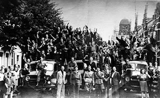 Polish troops liberated town of Breda Oct 1944- General Maczek