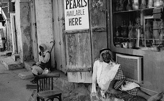 Pearl trader Dubai Old rare photo