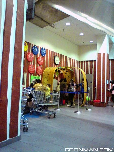 goonman blog ikea smaland play area malaysia. Black Bedroom Furniture Sets. Home Design Ideas