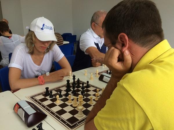 Tatiana Kostiuk lors d'un tournoi blitz à Rishon LeZion en Israël © Chess & Strategy