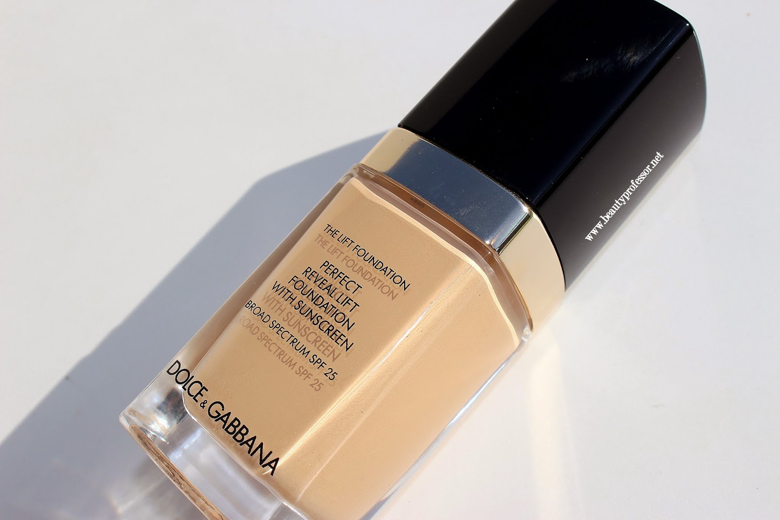 dolce and gabbana perfect reveal lift foundation swatches