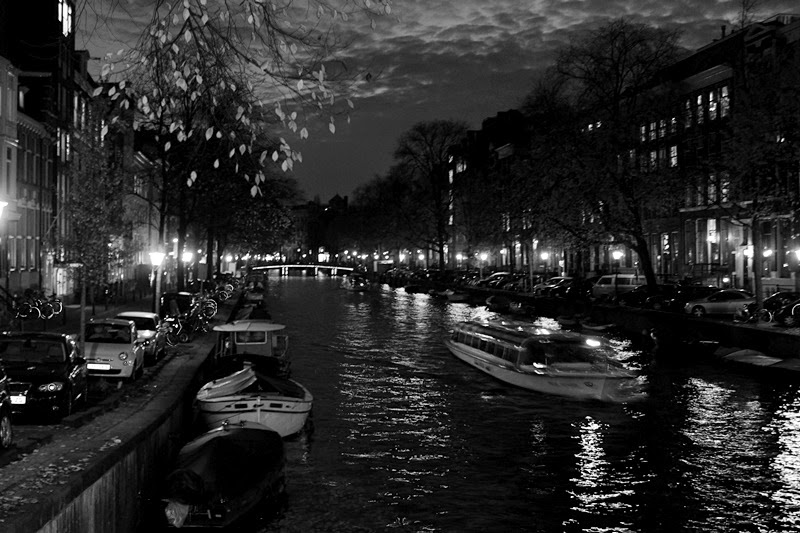 amsterdam, the netherlands, netherlands, holland, travelling, canal, canals, black and white, photograpyh