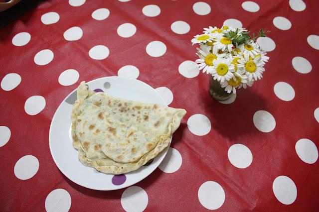acılı ıspanaklı ekmek tarifi