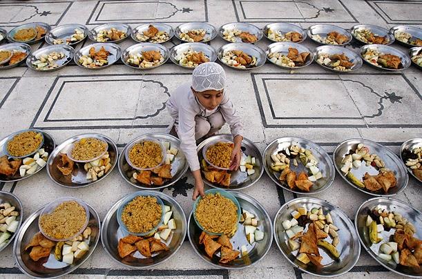 Cool Iftar Eid Al-Fitr Food - Happy_ramadan_iftar_wishes+%25281%2529  Perfect Image Reference_643279 .jpg