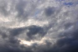 Regenwolken von Westen...